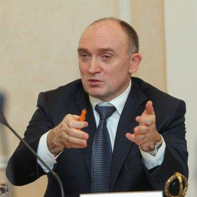 Борис Дубровский поручил обеспечить безопасность школьных выпускных